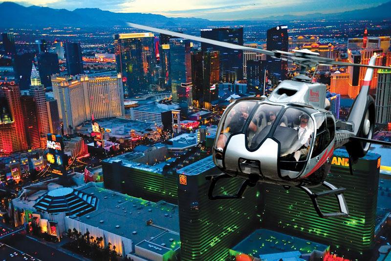 ヘリコプターからの夜景観賞