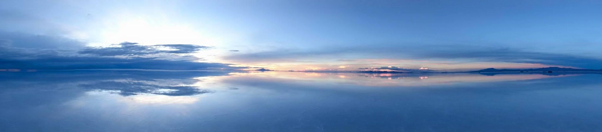 ウユニ塩湖(サンセット)