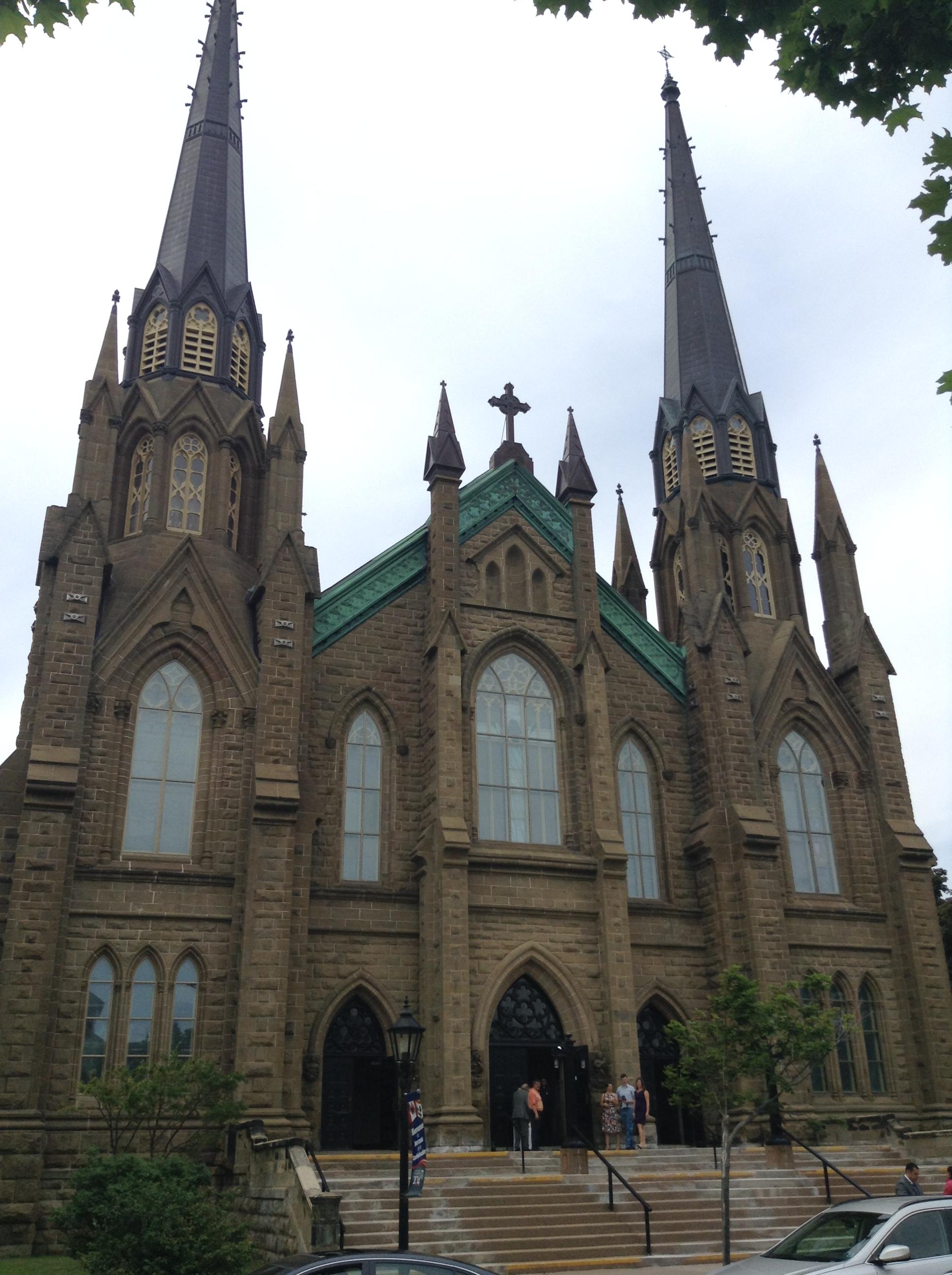 シャーロットタウンのダウンタウンの教会