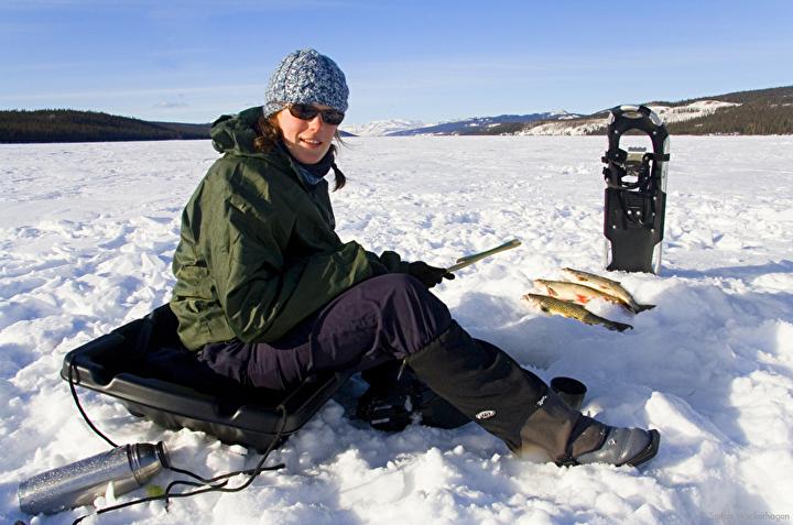 icefishing_2